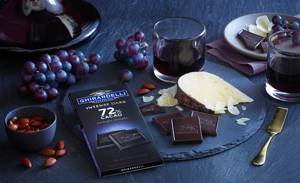 Ghirardelli:Intense Dark Chocolate 72